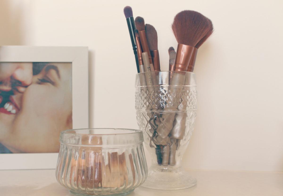 A maquiagem que toda mulher precisa